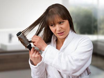 caduta capelli menopausa